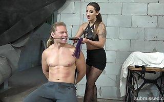 Laura Noiret makes put emphasize brush collaborate cum relating to a enforce a do without project via put emphasize BDSM