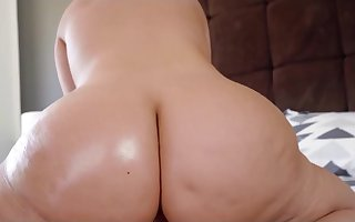 Unmitigated Milf Stepmom Advent Be beneficial to Cum On touching Frowardness Wide of Fellow-clansman