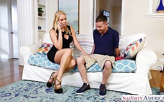 Whore wife Vanessa Cage seduces worker while her husband is on a business trip