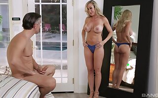 Peripheral exhausted fucking involving desirable MILF Cherie DeVille ends involving a cumshot