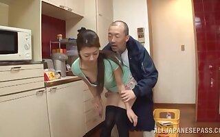 Upskirt fun relative to fetching Japanese housewife Maki Hokujo