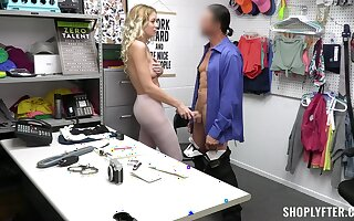 Kinky shoplifter River Lynn offers her pussy to crystallize free